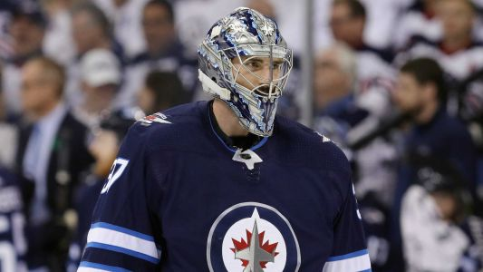 Jets, goaltender Connor Hellebuyck agree to 6-year, $37 million deal