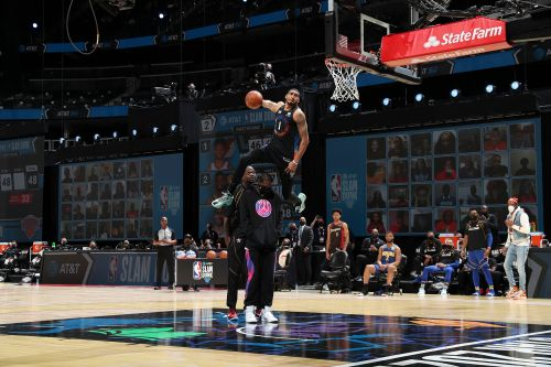 Obi Toppin's wild jam not enough in razor-close NBA Slam Dunk contest