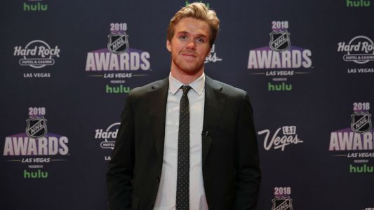 "Connor McDavid tells GQ he's ""chirped"" for his style, Oilers' losing season"