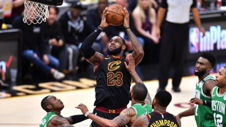 LeBron puts up 44 points as Cavs even series with Celtics