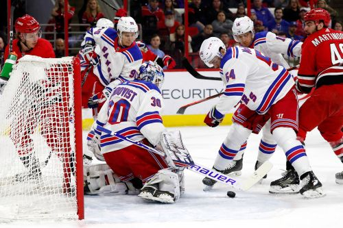 Henrik Lundqvist comes up big as Rangers nip Hurricanes