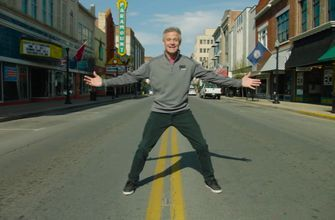 Kenny Wallace makes his final appearance on 'NASCAR RaceDay'