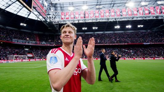 Frenkie De Jong is joining Barcelona but it's nothing he can't handle