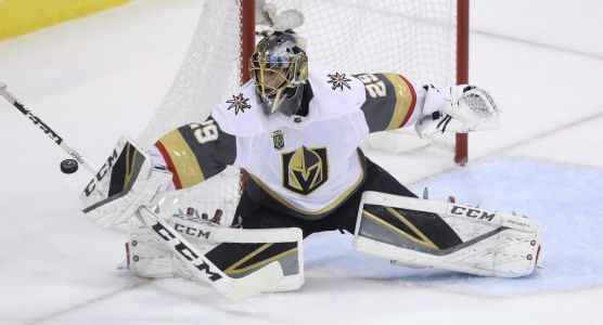Fleury inks three-year extension with Golden Knights