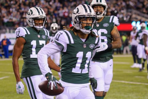 Robby Anderson makes all the plays for Jets but one