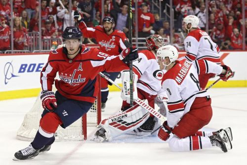 Capitals blow away Hurricanes for NHL playoff series lead