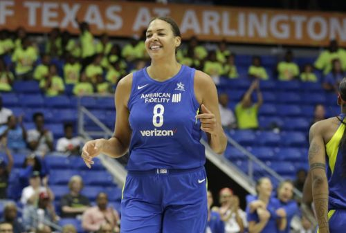 Liz Cambage Drops WNBA-Record 53 POINTS 💦