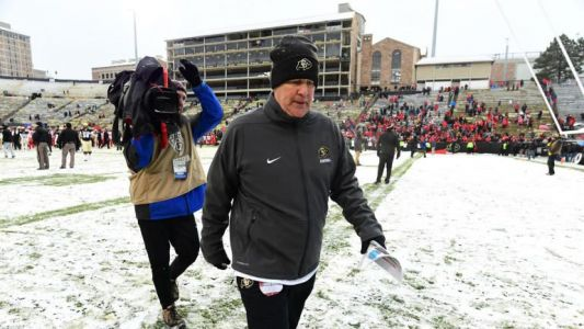 Colorado fires coach Mike MacIntyre, the 2016 national coach of the year