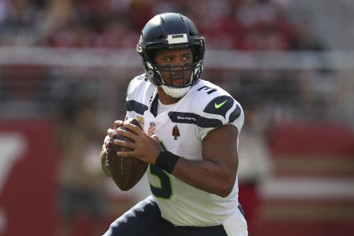 Stafford, Rams face NFC West showdown traveling to Seahawks