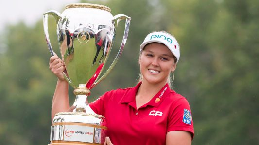 Brooke Henderson won't cut back busy schedule in pursuit of world No. 1