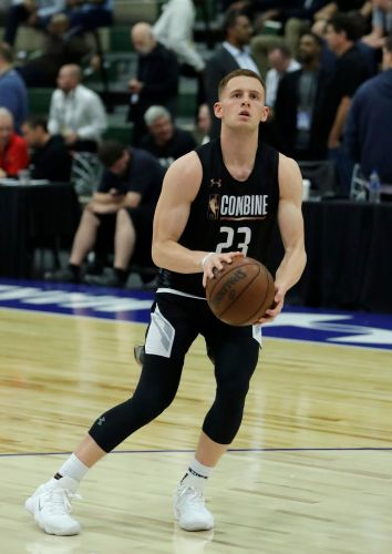 Stay or go? Title game hero Donte DiVincenzo's stock soars even more after NBA draft combine