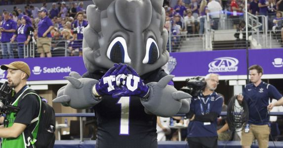 Frogs land two commitments, looking for a big push one week before early signing period