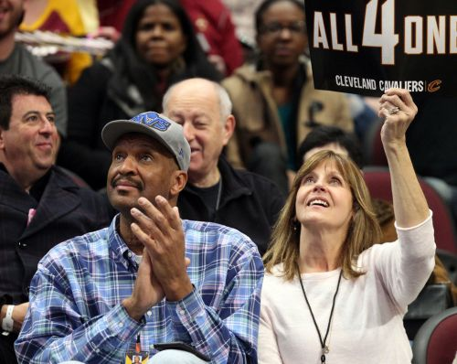 Inside Larry Nance's contract extension with Cleveland Cavaliers - Terry Pluto