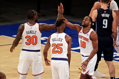 NBA roundtable: Are the Knicks and their 'Big 15' preparing to join the Eastern Conference elite?