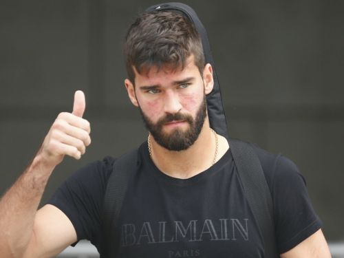 Liverpool agree £66m fee to sign Alisson from Roma
