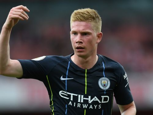 Huge blow for Man City as De Bruyne to miss 'around three months' with knee injury