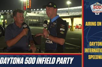 Michael Waltrip and Chad Knaus break down Kyle Busch's strategy during the Daytona 500