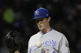 Garcia gets 3 hits as White Sox beat Royals 9-6