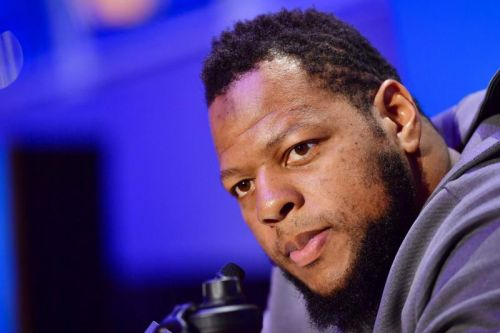 Buccaneers to re-sign Ndamukong Suh