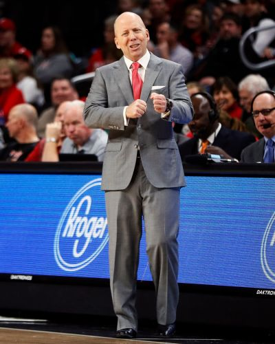 Cincinnati's Mick Cronin says refs who ejected him should be suspended