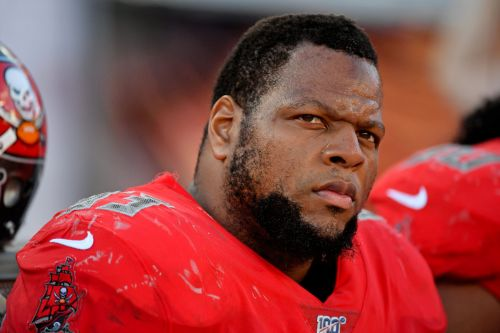 Tampa Bay Buccaneers to re-sign defensive tackle Ndamukong Suh, per reports