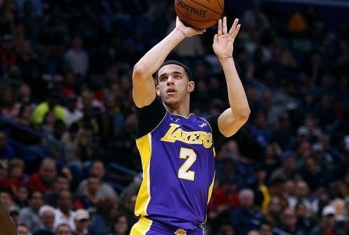 Magic Johnson: Lonzo's New Shot Looks 'Beautiful'
