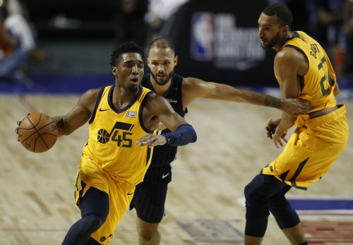 Despite loss, the Jazz win fans in Mexico