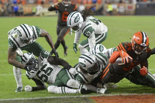 Jets blow big lead to hand Browns first victory since 2016
