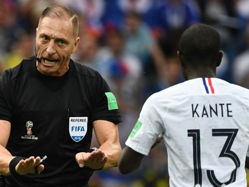 Who will be the referee for the World Cup final between France & Croatia?