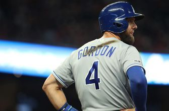 Alex Gordon agrees to accept trade by Royals starting June 16