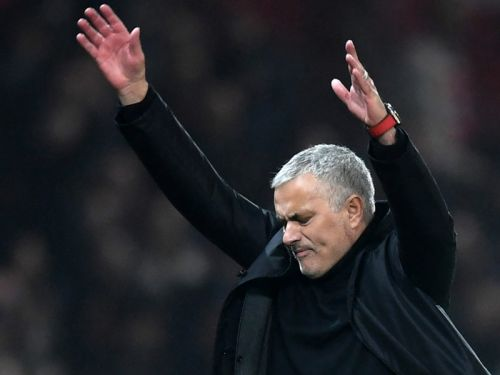 Mourinho accuses Arsenal of diving and time wasting to take point off Man Utd