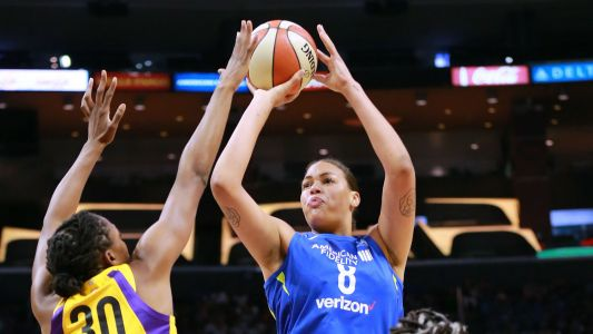 Four wild facts about Liz Cambage's record-setting 53-point game