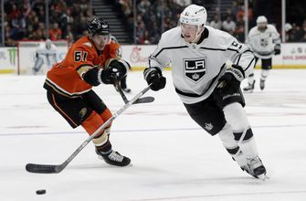 LA Kings snap 11-game road skid, hold off rival Ducks 2-1
