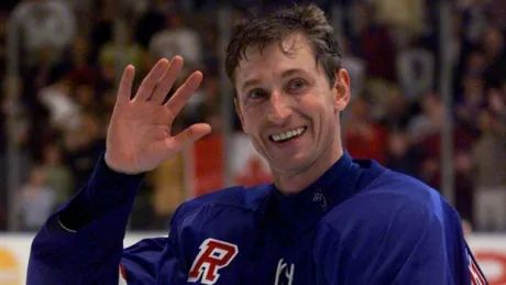 9 things about Wayne Gretzky's last game.in 99 seconds