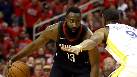 NBA wrap: Rockets even series with Game 2 rout of Warriors