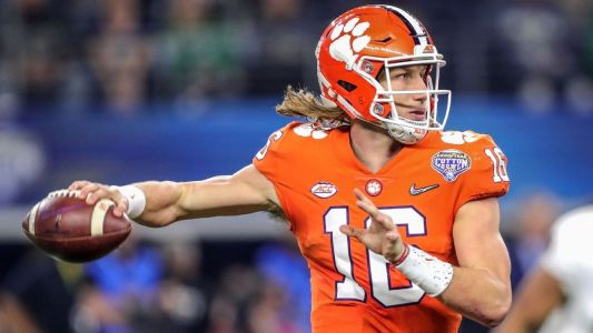 Too-early college football 2019 All-America team