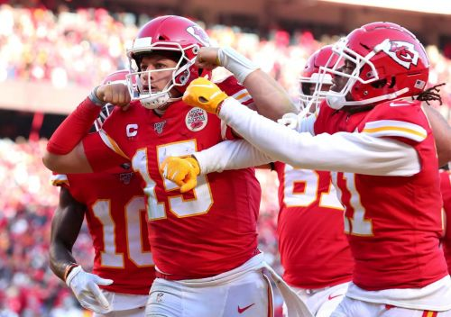 Patrick Mahomes leads the Chiefs to their first Super Bowl since 1970