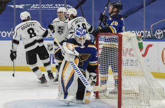 Blues' struggles in second games of series continue with 6-3 loss to Kings