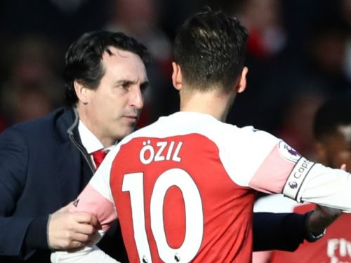 Ozil absent from travelling Arsenal squad ahead of Liverpool showdown