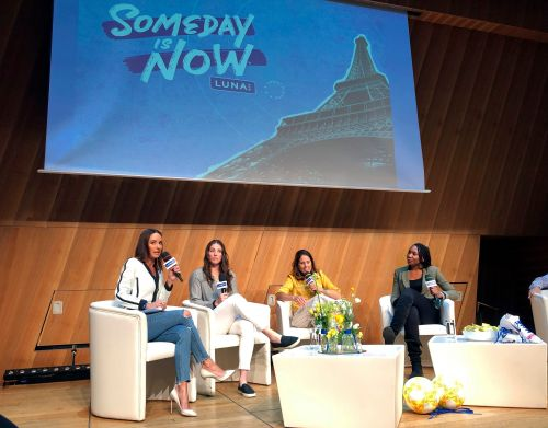 Cross-sports push at World Cup for gender pay equality
