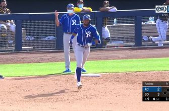 WATCH: Kelvin Gutierrez hits a go-ahead homer in Royals' win over Padres