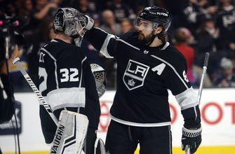 Jonathan Quick celebrates birthday with 4-3 LA Kings win, 302nd of career