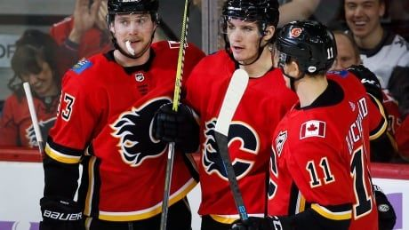 Tkachuk, Gaudreau tie career-highs as Flames ignite to roll past Vegas