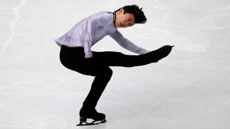 Nathan Chen on course for 3rd straight title at Grand Prix Finals after personal-best score