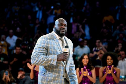 Former NBA star Shaquille O'Neal pays off engagement ring for random man at jewelry store