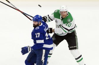 Comeau injured in Stars' Cup Final Game 2 loss to Lightning