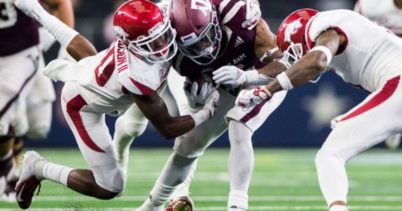 As attendance dwindles, how soon could Texas A&M ditch its neutral-site game vs. Arkansas at AT&T Stadium?