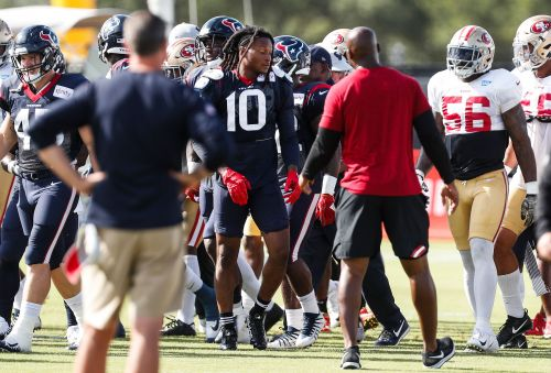 Texans star DeAndre Hopkins ejected from joint practice with 49ers for fighting