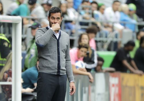 Great Clips of the Week: 'Drain my bank account,' RSL coach Mike Petke says in fiery remarks