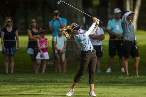 Canadians Henderson and Sharp lead new LPGA Tour team event
